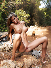 Fashion model Nessa outdoor erotic pics - Erotic and nude girls pics at SoloTeenPics.com