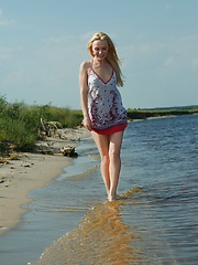 Girl fantasies at the wild lake - Erotic and nude girls pics at SoloTeenPics.com