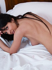 Loveliest models - Erotic and nude girls pics at SoloTeenPics.com