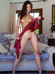 Zelda B flaunts amazing physique and sweet pussy on the sofa. - Erotic and nude girls pics at SoloTeenPics.com