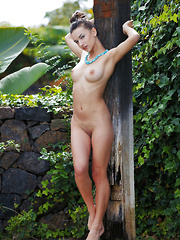 Gloria Sol shows off her smoking hot body outdoors. - Erotic and nude girls pics at SoloTeenPics.com