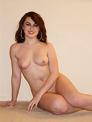 Tori Segura One Size Fits None - Erotic and nude girls pics at SoloTeenPics.com