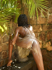 Nude ebony teenie girl takes a outdoor shower - Erotic and nude girls pics at SoloTeenPics.com