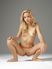 Erotic pictures of sweet blonde girl