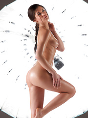 Caprice oiled her sexy body and posed before camera - Erotic and nude girls pics at SoloTeenPics.com