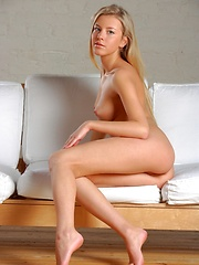 Natural beauty with perfect breasts and suckable labia. - Erotic and nude girls pics at SoloTeenPics.com