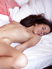 Sexy girl Altea shows her nice pussy - Erotic and nude girls pics at SoloTeenPics.com
