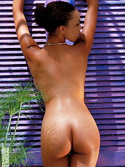 Gia Lashay - rolls her busty body in the sand - Erotic and nude girls pics at SoloTeenPics.com