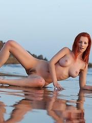 High Tide - Erotic and nude girls pics at SoloTeenPics.com