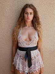 Serina Cardoni Hello Dolly - Erotic and nude girls pics at SoloTeenPics.com