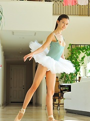 Claire the Professional Ballerina - Erotic and nude girls pics at SoloTeenPics.com