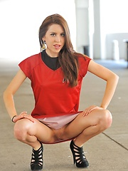 Lola the Star Trek Valentine - Erotic and nude girls pics at SoloTeenPics.com