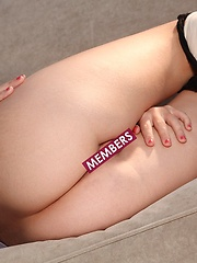 Chrissy Marie - lifts up her red skirt to who off her 18 yr old ass - Erotic and nude girls pics at SoloTeenPics.com