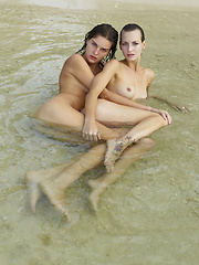 Two girls, having sex in the sea! You're dream is coming true!