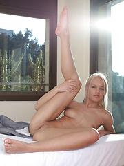 Karina O - NIRINA - Erotic and nude girls pics at SoloTeenPics.com
