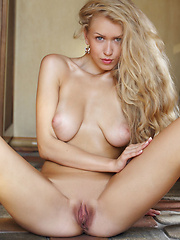 Kaylee A - COCOTI - Erotic and nude girls pics at SoloTeenPics.com