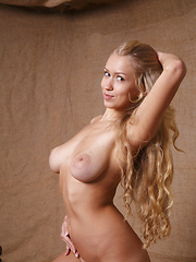 Awesome huge breasts - Erotic and nude girls pics at SoloTeenPics.com