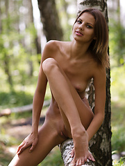 Poetry in motion - Erotic and nude girls pics at SoloTeenPics.com