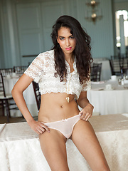 Paola Uribe Gordian Knots - Erotic and nude girls pics at SoloTeenPics.com
