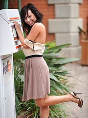 Mandee gets naked in a public place - Erotic and nude girls pics at SoloTeenPics.com