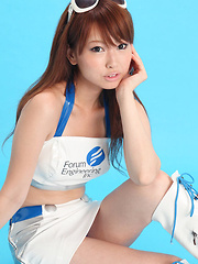Chinatsu Sasaki Asian smiles and is in mood for playing with you - Erotic and nude girls pics at SoloTeenPics.com