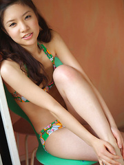 Cocoro Amachi Asian loves some sun heat on fit body in lingerie - Erotic and nude girls pics at SoloTeenPics.com