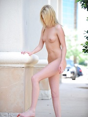 Riley strips down in a public place - Erotic and nude girls pics at SoloTeenPics.com