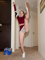 Giselle Locke Raising Spirits Pt 1 - Erotic and nude girls pics at SoloTeenPics.com