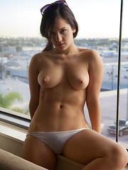 Caroline Ray Poolside Papi - Erotic and nude girls pics at SoloTeenPics.com