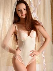 Jasmin A - Erotic and nude girls pics at SoloTeenPics.com