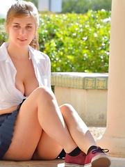 Lindsey Busty Schoolgirl - Erotic and nude girls pics at SoloTeenPics.com