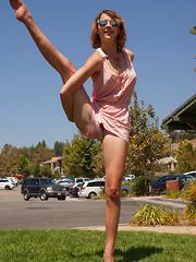 April Grantham Monkeyin Aroun - Erotic and nude girls pics at SoloTeenPics.com