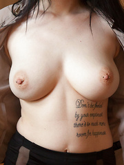 Luna Kitsuen Alt Office - Erotic and nude girls pics at SoloTeenPics.com