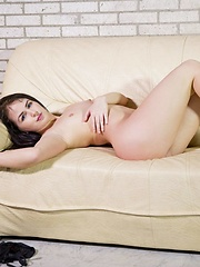 Kittina Ivory - Erotic and nude girls pics at SoloTeenPics.com