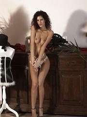 Leana Sweet - Erotic and nude girls pics at SoloTeenPics.com