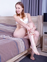 Macy - Erotic and nude girls pics at SoloTeenPics.com