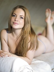Alessandra Jane - Erotic and nude girls pics at SoloTeenPics.com